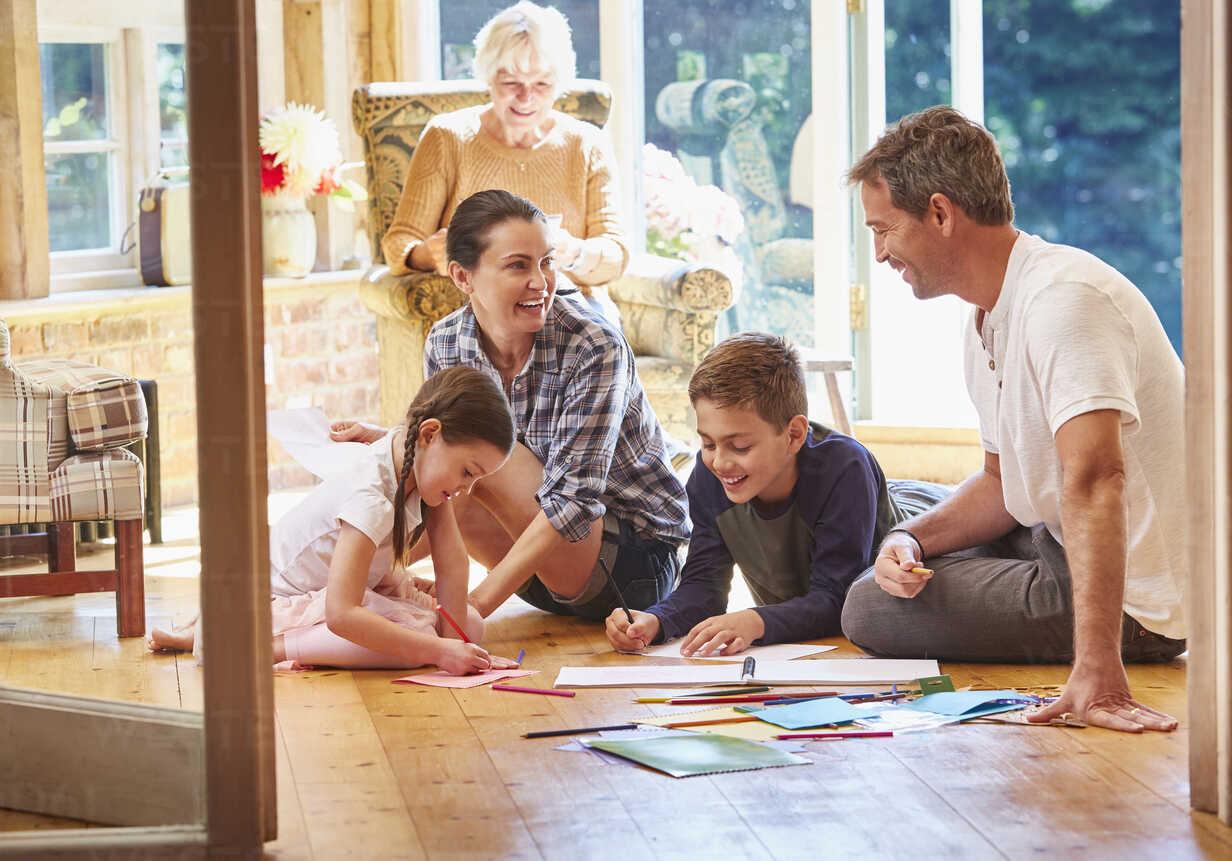 A közös családi színezések egyedülállóak